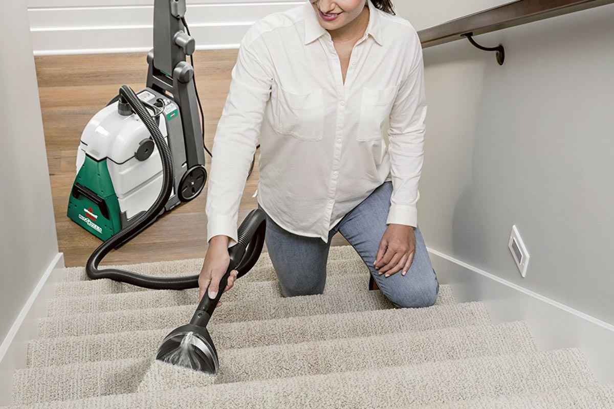 Clean Fast and Spotlessly with the 5 Best Carpet Cleaners for the Home